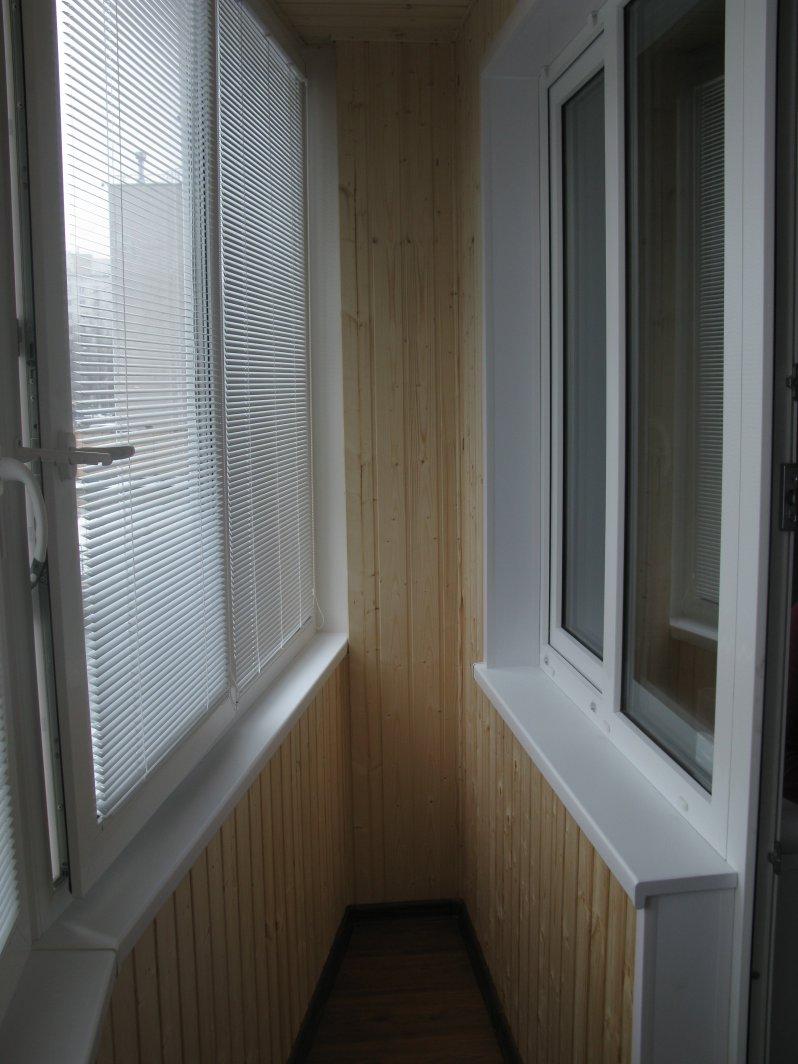 Пластиковые окна на балкон заказать